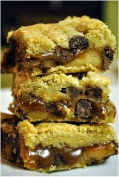 Salted Caramel Chocolate Chip Cookie Bars Recipe