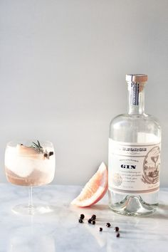 Elderflower Spanish Gin and Tonics // http://craftandcocktails.co  | The Lifestyle Edit