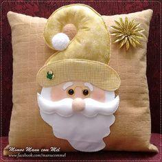 Almofada Natalina Papai Noel 🎅 #natal #almofadanatalina #handmade #papainoel #almofadaemfeltro #mimosmanucommel Tren De Navidad, Almohada De Navidad, Gif Navidad, Cojines De Navidad, Cosas De Navidad, Como Hacer Cojines Navideños, Adornos Navidad Manualidades, Manualidades Navideñas, Hogar Navideño Christmas Cushion Covers, Christmas Cushions, Christmas Pillow, Handmade Christmas Crafts, Diy Christmas Ornaments, Christmas Snowman, Disney Christmas Decorations, Christmas Train, Christmas Christmas