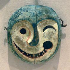 Mask depicting the face of a tunghak (keeper of the game) Yupik Eskimo Alaska Yukon River area late century wood and paint Dallas Museum of Art Dallas Texas; git of Elizabeth H. Inuit Kunst, Arte Inuit, Inuit Art, Arte Tribal, Tribal Art, African Masks, African Art, Native Art, Native American Art