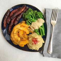 #postworkout @1rebeluk Ride - roasted @zaytoun_cic zatar pumpkin @tenderstem broccoli with tahini dressing homemade silky garlicky Baba ganoush (smoky aubergine) dip & lamb merguez sausages. #colourful #paleo eats - totally #glutenfree. Sausages made by Sillfield butchers who don't fill them with rusk or fillers. #eating off a smaller plate actually made me fuller quicker. Yummy #yummyinmytummy - good to see @zaytoun_cic products in @planetorganic #primal #nutrients #eattherainbow #wellbeing…