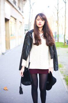 Dollyjessy, blog mode et lifestyle. Tenue d'hiver maille et cuir avec le pull Marylin de Gérard Darel, un chapeau, une jupe tube Primark, un perfecto en cuir, sous pull uniqlo HEATTECH. French fashion blog.