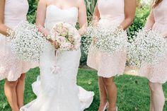 vintage-roses-bride-bouquet-gypsophila-bridesmaids-bouquets.jpg (720×479)