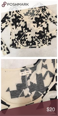 Silence and Noise Black and White Graphic Top Rad graphic print in a slightly cropped length. In good condition! Urban Outfitters Tops