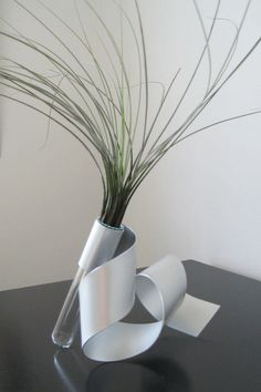 Sculpture Vase by steelribbons on Etsy, $30.00