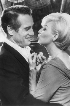 Baby want a kiss, 1964, Paul Newman & Joanne W. #bw #photography #highprofile