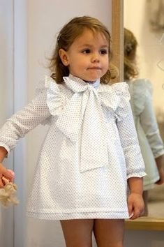 Polka Dot High collar big bow dress! Perfect party dress!  #KidsFashionParty