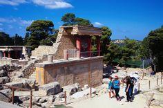 Around Iraklio, Knossos image gallery - Lonely Planet
