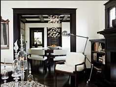 Ideas de decoración para las paredes de colores oscuros