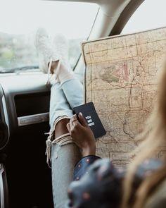 "Shop Sincerely Jules (@shop_sincerelyjules) on Instagram: ""Hit the road- go on adventures! ❤️ | Shop Bonnie jeans: shopsincerelyjules.com"""