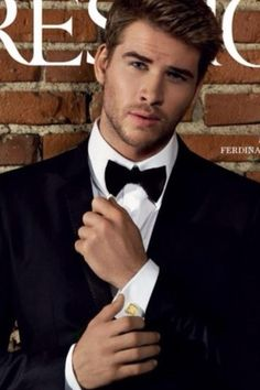 Liam Hemsworth, my stunning boyfriend could easily stand right along side this fine young fellow