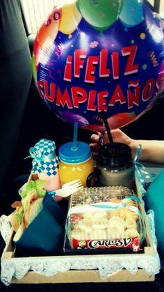 Desayuno Sorpresa Birthday Gifts, Birthday Cake, Baskets, Breakfast, Desserts, Diy, Food, Creative Gifts, Creativity