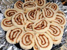 Rulada cu gem - CAIETUL CU RETETE Cookies, Desserts, Food, Gem, Vitamins, Crack Crackers, Tailgate Desserts, Deserts, Biscuits