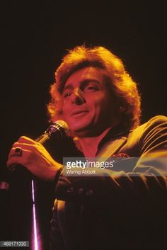 Barry Manilow performing on January 1, 1980 in New York City
