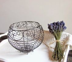 . Wire Crafts, Diy And Crafts, Wire Board, Iron Wire, Wire Pendant, Chicken Wire, Twine, Wire Wrapping, Decorative Bowls