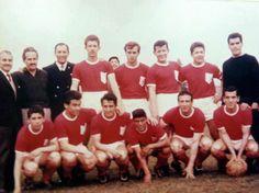 Deportes La Serena 1963 (foto a color).    Agachados: Gregorio Vilches, Orlando Aravena, Verdejo, Perez, Triguili y Hurtado.