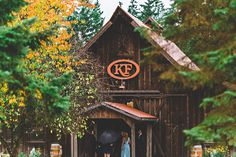 The Kelley Farms wedding venue. One of the nicest rustic barn wedding venues in the area.   Rustic Chic / Barn / Wedding venue. Photo by: TGTB Collective