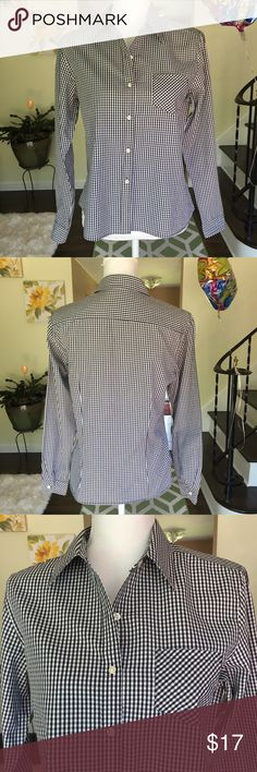 """Talbots gingham Button Down shirt. Size small. Adorable black and white gingham Button Down shirt, size small . Armpit to armpit measures 19"""". Too cute!! Worn once. Talbots Tops Button Down Shirts"""