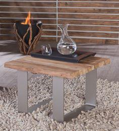 De modern ontworpen design bijzettafel Jongebos is uitgevoerd in massief sloophout. Dit ecologische meubel geeft een natuurlijke uitstraling aan je interieur in een modern jasje.