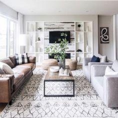 Warm and cozy farmhouse style living room decor ideas 03