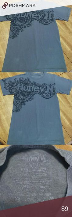 "Hurley vintage tee This is a vintage style men's Hurley t-shirt. No stains, tears etc. This shirt is purposely made to look ""worn."" Great condition! Hurley Shirts Tees - Short Sleeve"