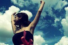 Chorar é para pessoas fracas, pessoas fortes se vingam e depois dão a volta por cima.