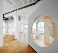 Goroka Office in Barcelona by Isern Serra Vert