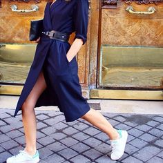 Look avec des baskets Stan Smith et une robe chic. #outfit #Adidas