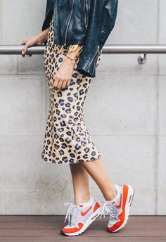 How to Wear Animal Print Skirts all Year Round - White Camellias #streetstyle #outfitideas #styleinspiration #outfits #animalprint
