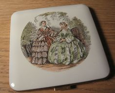 Vintage Dorset Rex Victorian Enamel Makeup Powder Compact Mirror Two Women | eBay