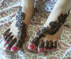 Arabic design bridal feet mehndi