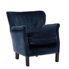 The Wroxham chair has been beautifully upholstered in a dark blue velvet like fabric, with the high back offering plenty of comfort and support.