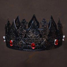 Crown Aesthetic, Gothic Crown, Metal Crown, Halloween Headband, Dark Queen, Leder Outfits, Kings Crown, Fantasy Jewelry, Tiaras And Crowns