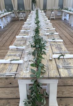 Table garland from summer wedding