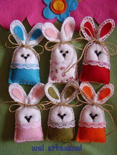 Felt Easter Bunny