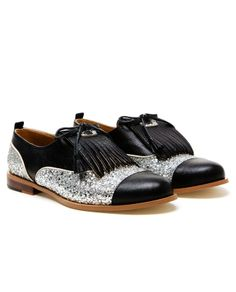 'Dream' handmade leather and glitter Oxford shoes by CROON...if I had 200 big ones to spend on crazy glitter shoes.... J'adore!