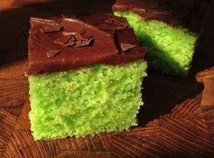 Giftig Grøn Bladankage Fru Krealiv is part of Danish cake - Danish Cake, Danish Dessert, Danish Food, Sweet Recipes, Cake Recipes, Different Cakes, Cupcakes, Crazy Cakes, Pastry Cake