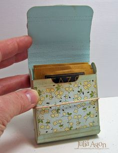 craft idea: Afternoon Tea gift box, great gift idea, add a old tea cup or new