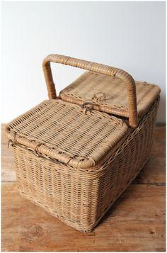 Brocante rieten picknickmand