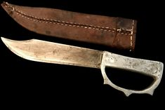 St Croix Blades buys and sells knife collections, Japanese samurai sword collections, and individual knives and swords. Trench Knife, Hand To Hand Combat, Samurai Swords, Cold Steel, Fantasy Rpg, Wishing Well, Knives And Swords, Weapons, Blade