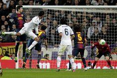 El defensa francés anotó el gol del empate ante el Barcelona; Ha sido mi mejor partido con el Madrid: Varane