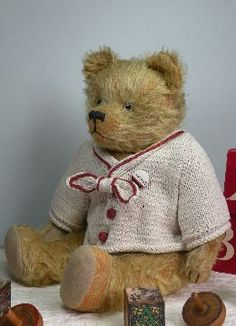 ANTIQUE & VINTAGE TEDDY BEARS 1 #06