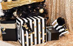 Modern Black + Gold Christmas Party via Kara's Party Ideas KarasPartyIdeas.com Cake, printables, decor, tutorials, desserts, recipes, and more! #christmas #christmasparty #modernchristmasparty #blackandgold #modernholidayparty #christmaspartyideas (11)