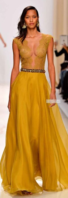 Probably the only Yellow dress I will ever like lls / Valentin Yudashkin Spring 2014 Paris Couture Fashion, Runway Fashion, High Fashion, Womens Fashion, Dress Fashion, Valentin Yudashkin, Style Feminin, Fashion Vestidos, Mode Glamour