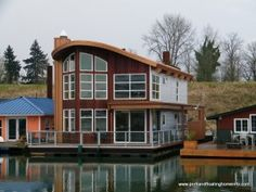 Lots of Floating Homes on the Willamette River that runs through the center of Portland, Oregon.