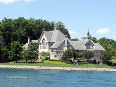 The Rivendell House at Smit Mountain Lake- my favorite house ever