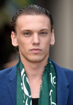 Pin for Later: Marre de Benedict? Voilà D'autres Acteurs Britanniques Sur Lesquels se Rincer L'oeil Jamie Campbell Bower