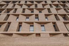 Architecture facade Gallery of Multifamily Housing Equilibrium 1 / taller de arquitectura de bogotá - 5 Minimal Architecture, Architecture Visualization, Facade Architecture, Archi Design, Facade Design, Arch Building, Window Design, Urban Design, Brick