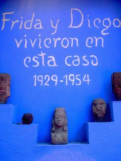 Diego Rivera and Frida Kahlo house, Coyoacan, Mexico City Diego Rivera, Freida Kahlo, Blue Stockings, Frida And Diego, Talavera Pottery, Mesoamerican, Spanish Painters, Soothing Colors, Mexican Folk Art