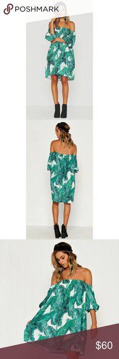 Banana Leaf off the Shoulder Dress Super flowy vibrantly printed dress! Elastic at the top and arms. Billowy sleeves and super comfy and oversized fit. Amazing tropical banana leaf print all over. Worn one time for a short period of time. From an Australian boutique called Billy J and brand is marked for exposure. Size marked small but could even fit a large. It's pretty oversized in the body and there is room for a bigger chest Zara Dresses Mini